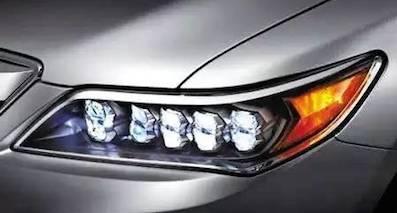 卤素大灯/氙气大灯/LED大灯,车灯到底哪个更好?