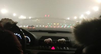 """重污染雾霾天又来了 行车要带好这些""""技能包"""""""