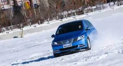 冰雪试驾腾势400 如何能自己开电动车时更安心?
