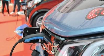乘用车双积分已成定局 新能源车企如何接招?