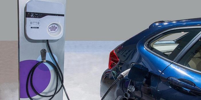 外媒:中国计划禁售燃油汽车 对车企形成倒逼效应