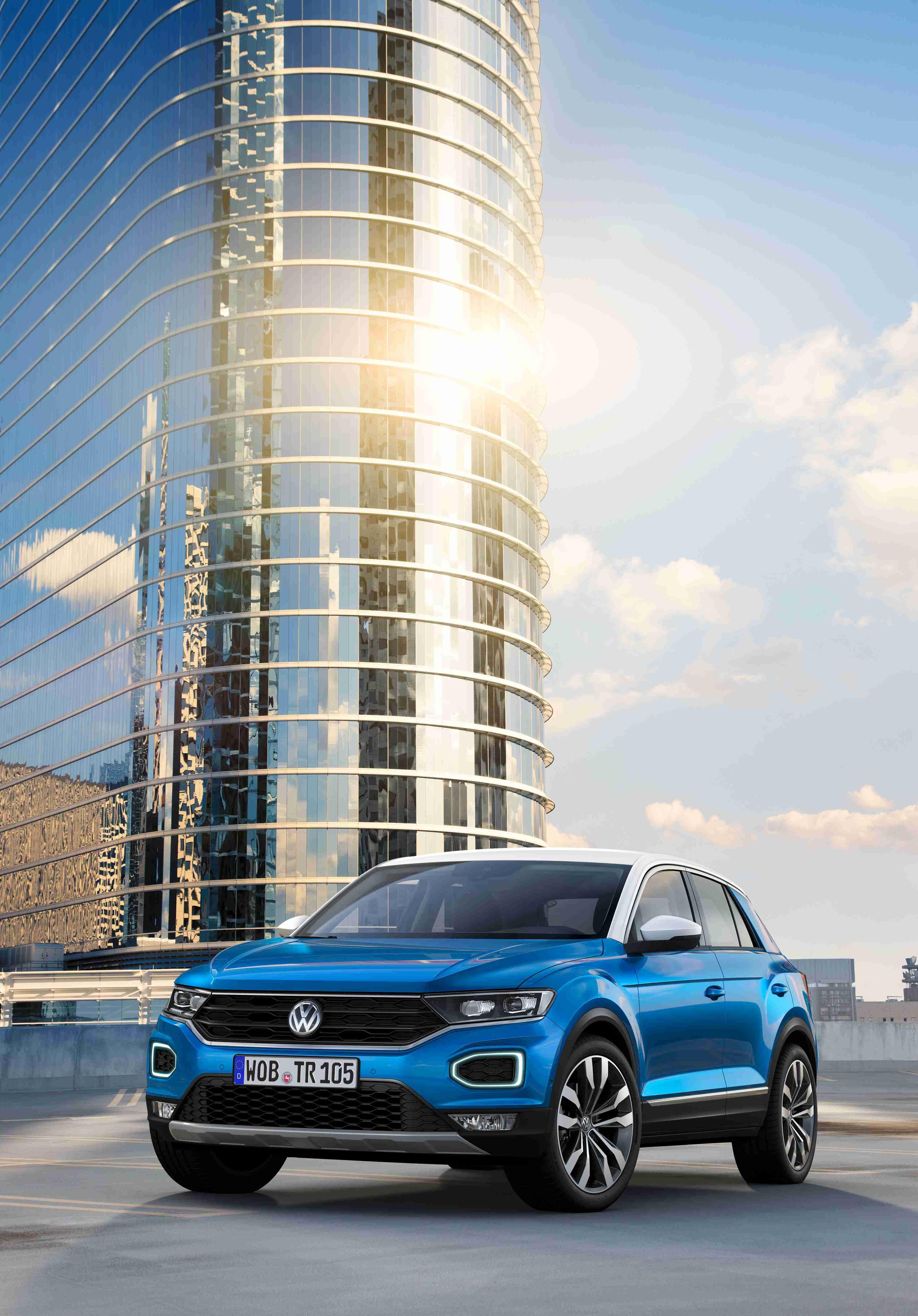 大众全新SUV T-Roc亮相  将由一汽大众引入国内