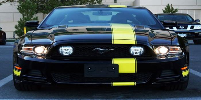 黑黄经典配色 福特野马Penske GT特别版!