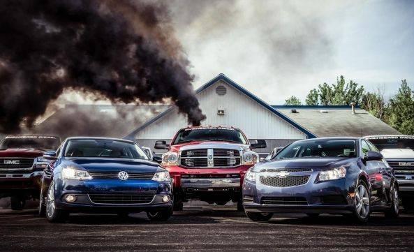 """汽车企业发展历史上 出现的8个""""命门""""丑闻"""