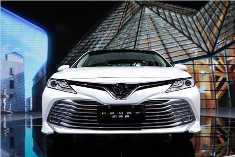 广州车展|颜值实力派 蒙迪欧对比全新凯美瑞