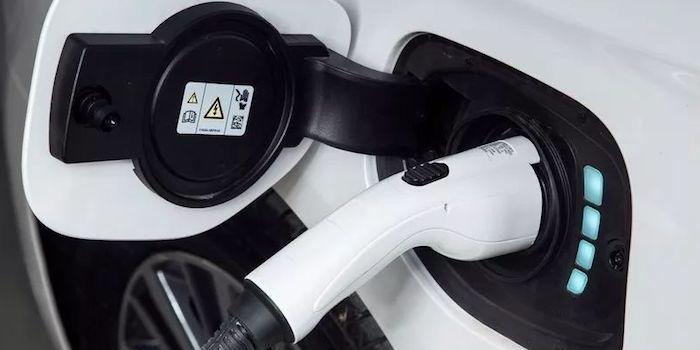 边走边思 | 燃料电池汽车 轻轻而来款款而至