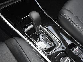 广汽三菱  2.4L 四驱精英版 换挡杆