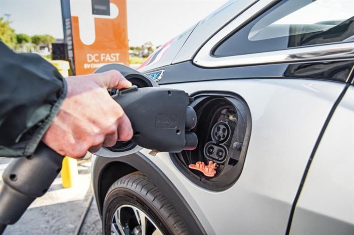 充电桩企业接连出局 行业或已进入洗牌期