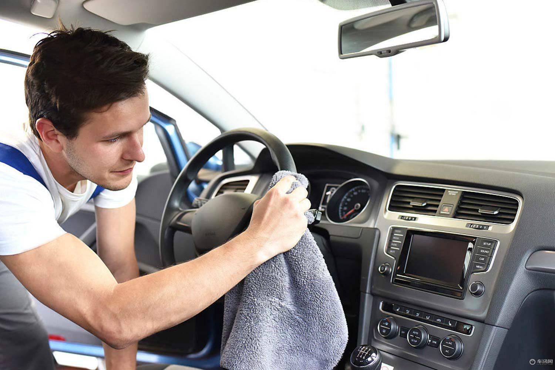 夏季车内有异味怎么办 9种方法帮您祛异味
