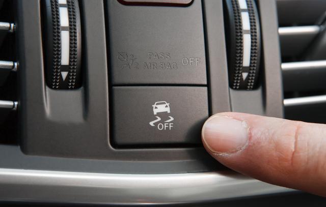 如何判断汽车避震器坏了 只需知道这两点