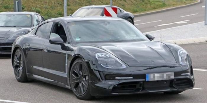 保时捷Taycan将推出3款车型 搭载双速变速箱