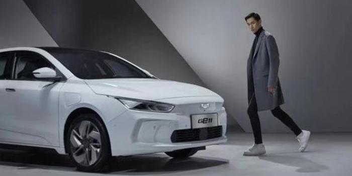 全幅玻璃车顶 吉利GE11高端纯电动将上市