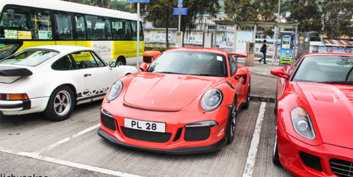 保时捷911GT3  RS