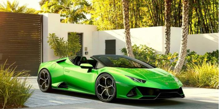 百公里加速仅3.1秒 兰博基尼敞篷新车365万开卖