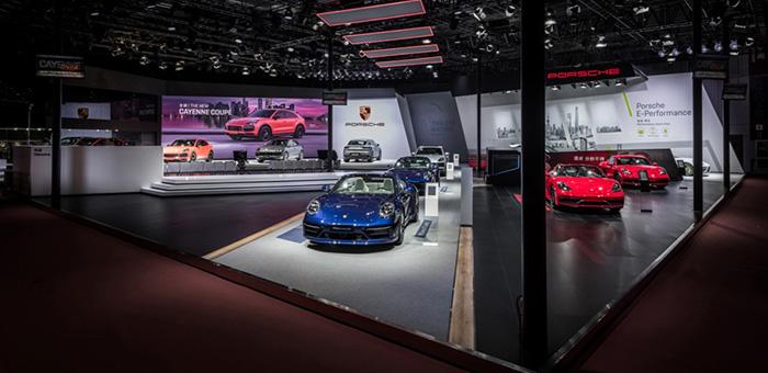 全新 Cayenne Coupé 与全新 911车展发布