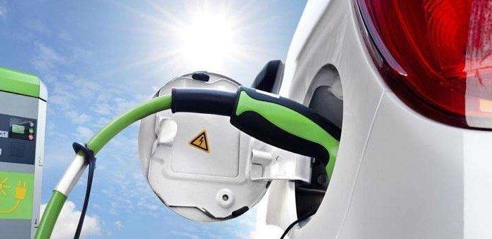 新能源汽车产业链已进入品牌元年