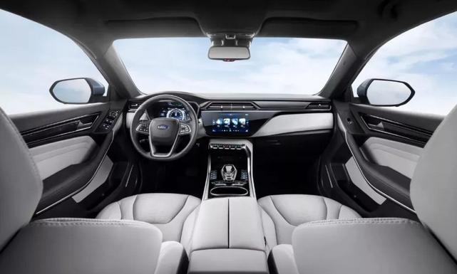 福特发布了领界EV官图 续航里程可达360KM