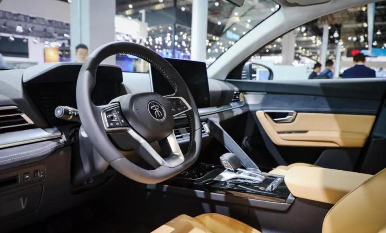 比亚迪宋Pro EV详细参数曝光 将在三季度上市