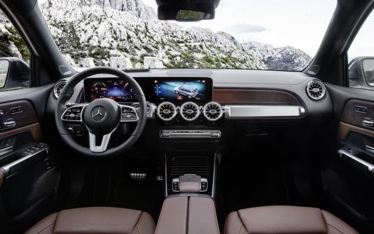 奔驰发布GLB车型官图 预计2020年国产化