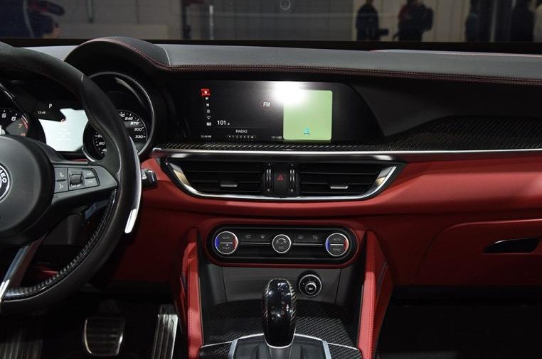 2019款Giulia/Stelvio上市 售价37.98万起