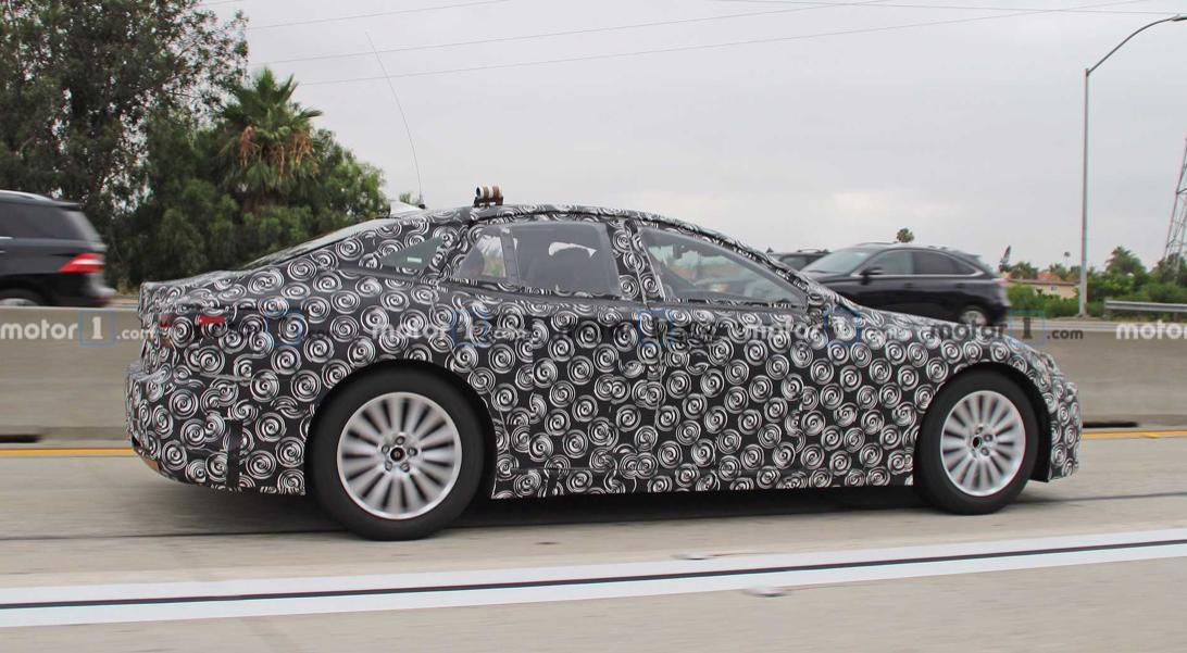车价查询:雷克萨斯LS燃料电池车曝光 或将明年上市