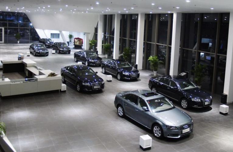 新车报价:二季度汽车制造产能利用率下降2.1%仅76.2%