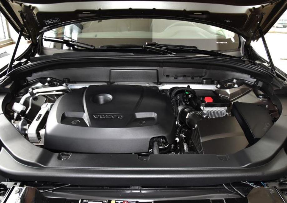 车价查询:2020款沃尔沃XC60正式上市 售36.29万起