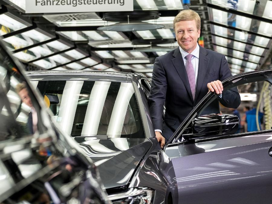 车价查询:目标超越对手奔驰 齐普策正式上任宝马CEO