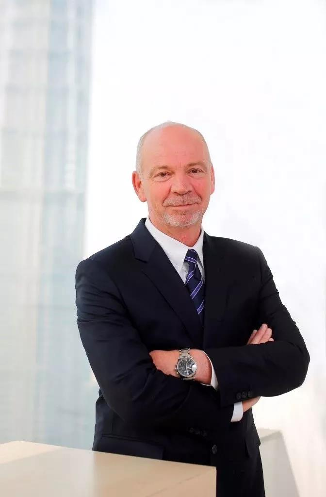 车价查询:何骏杰退休 福特欧洲董事长出任长安福特总裁
