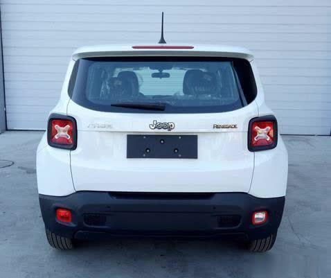 车价查询:新增1.3T车型 新款自由侠将在成都车展亮相