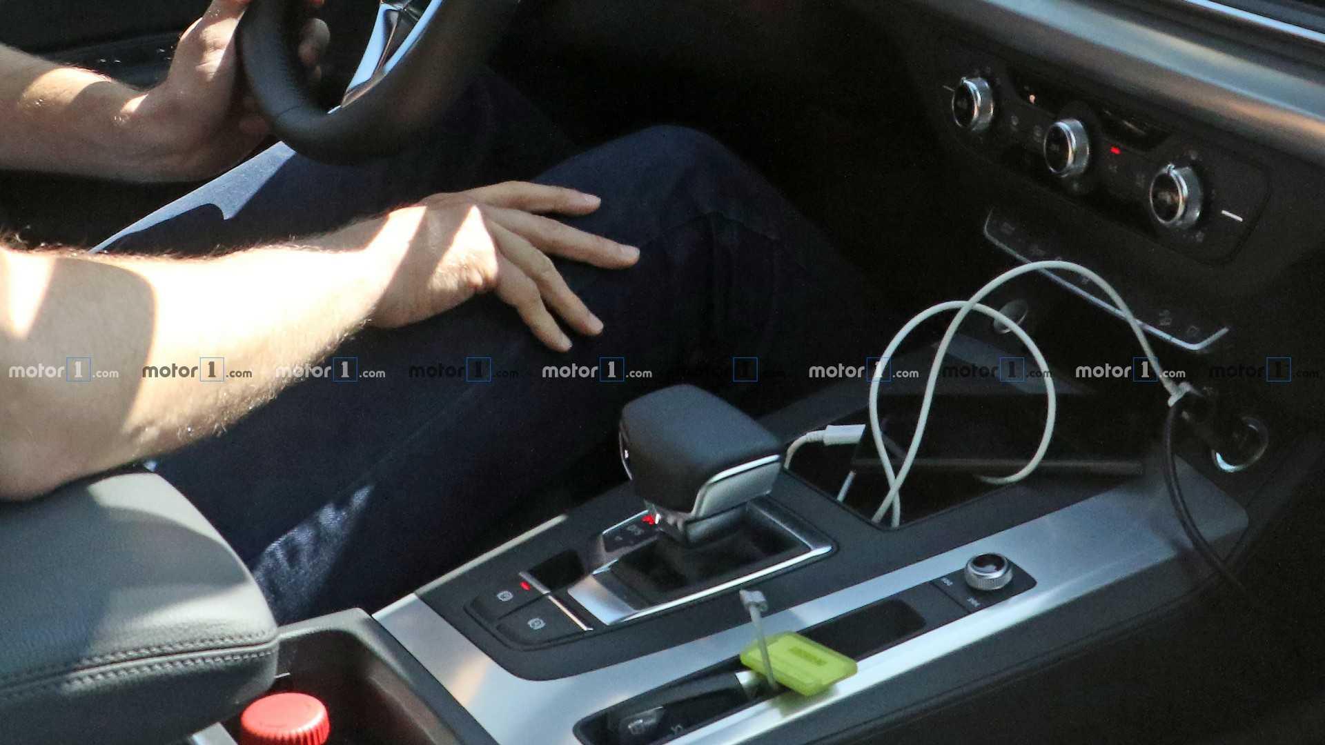 车价网:全新大灯设计 奥迪Q5中期改款谍照曝光