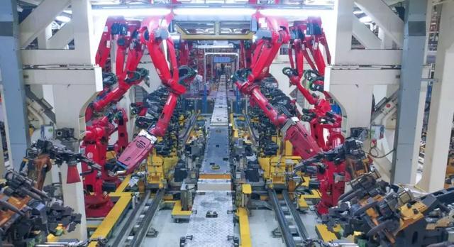 新车报价:参观WCM银牌工厂 看看Jeep是如何制造出来的