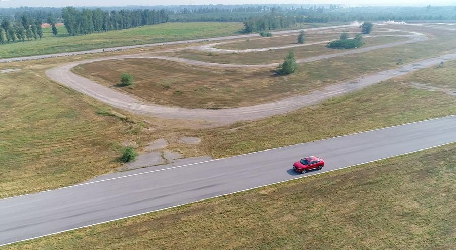 力与美的演绎 哈弗F7x定义轿跑SUV性能标杆