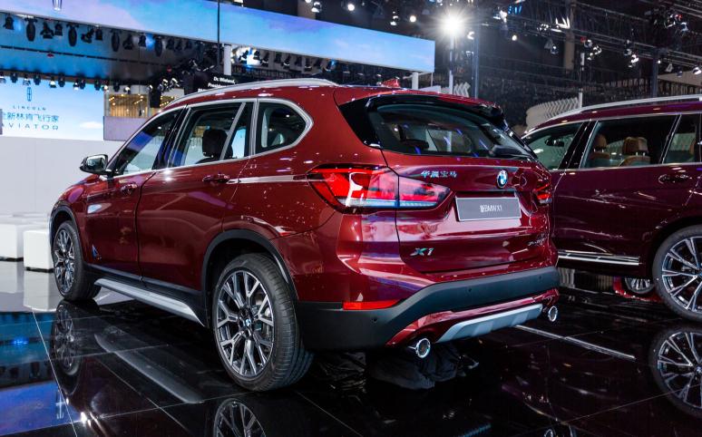 车价查询:配置和性能全面升级 BMW X1中期改款车发布