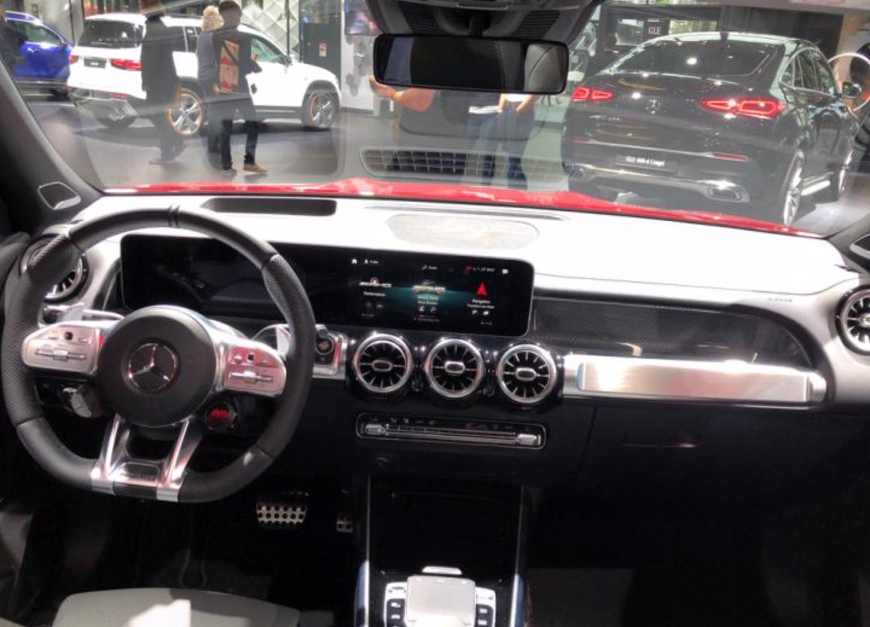 新车报价:奔驰AMG GLB 35 法兰克福车站正式发布
