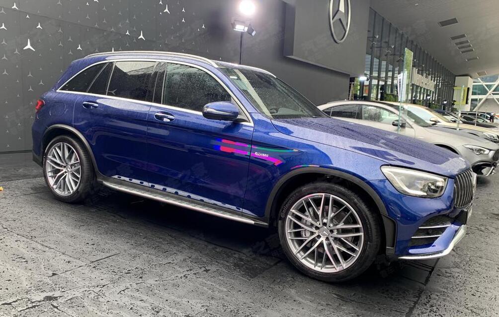 车价网:新款AMG GLC 43实车亮相法兰克福车展