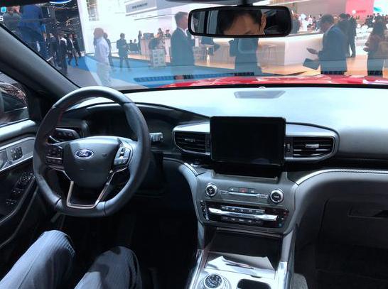 新车报价:全新福特探险者PHEV插电混动版车展亮相