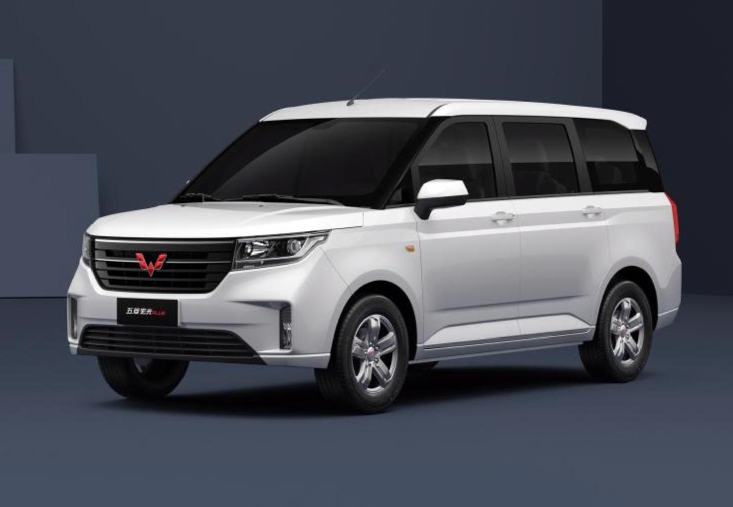 车价查询:五菱宏光PLUS官图曝光 新车预计10月上市