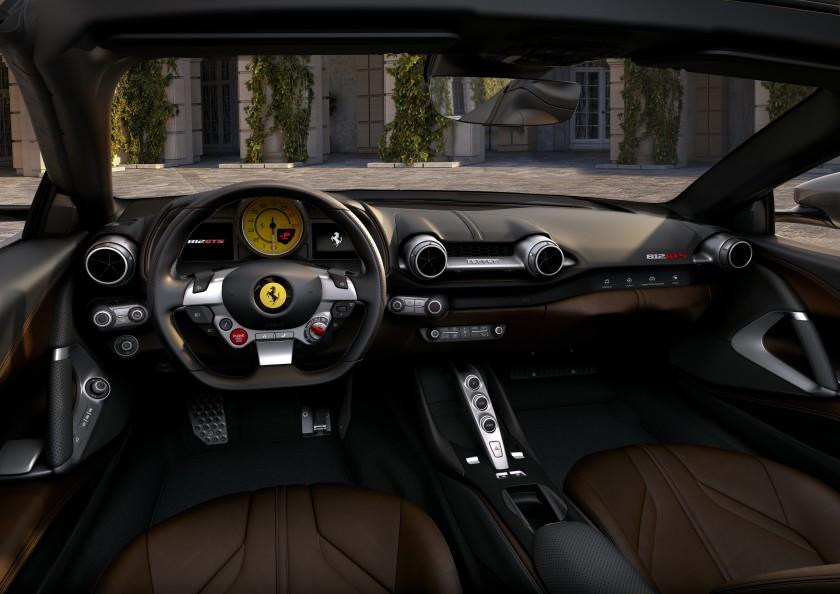 车价网:极速超340公里/小时 法拉利812 GTS发布