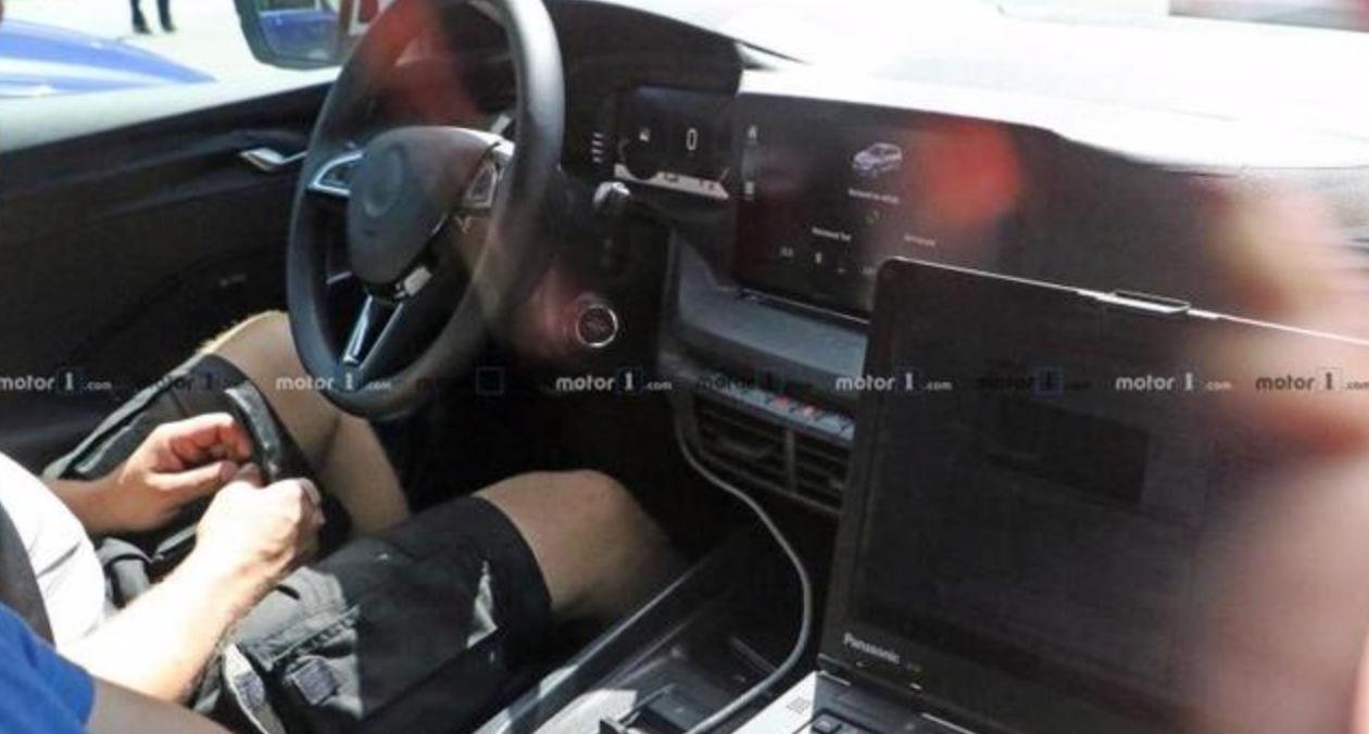 车价查询:全新斯科达明锐谍照曝光 11月将于捷克发布
