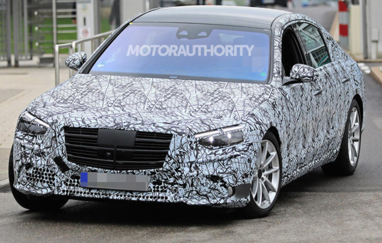 车价网:奔驰全新S级谍照图曝光 将于年底正式发布