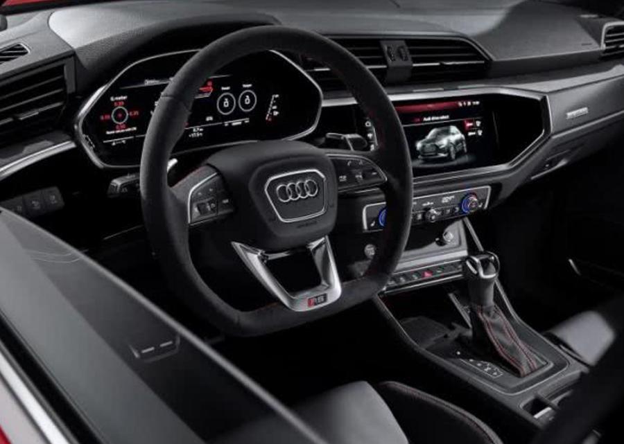 车价网:百公里加速4.5秒 新奥迪RS Q3官图发布