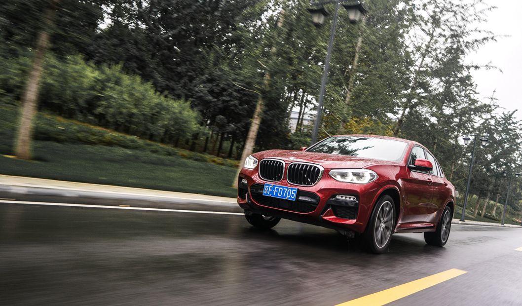 新车报价:你绕不开的COUPE SUV选择 试驾新一代宝马X4