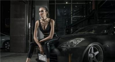 暗黑350Z邂逅冷面女郎