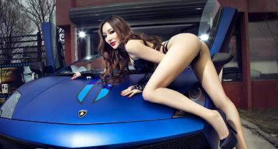 兰博基尼改装车美女模特
