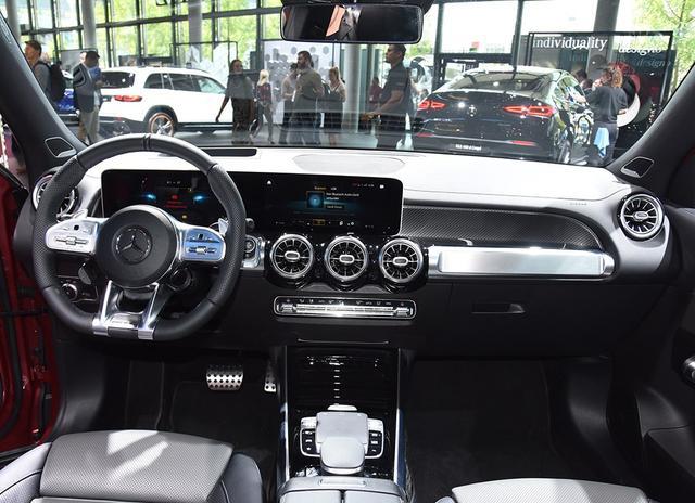 车价网:比GLC硬派、5.2秒破百 又一台奔驰AMG将国产