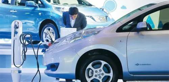 10月车市同比下滑5.9% 新能源板块下滑近半