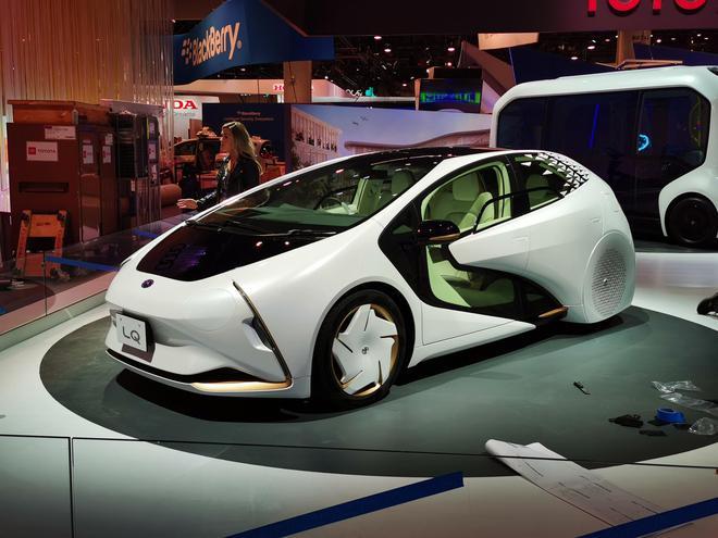 续航约300km 丰田LQ概念车亮相-N2全球网