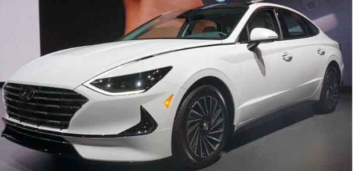 配太阳能车顶 混动版索纳塔2020年春季发售