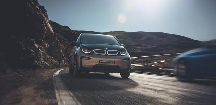 纯电动BMW i3快充畅行款上市 售30.58万元